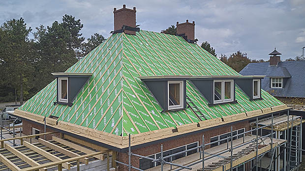 huis zonder dakpannen